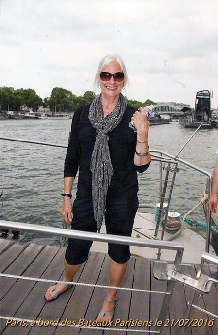 sheila_paris_boat